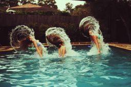 Cabelos ressecados com o uso da piscina