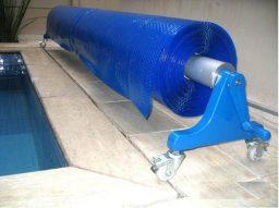Enrolador de capa térmica para piscina