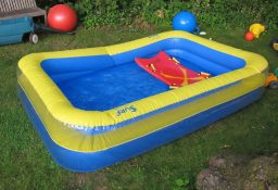 O cloro pode afetar o plástico da piscina?
