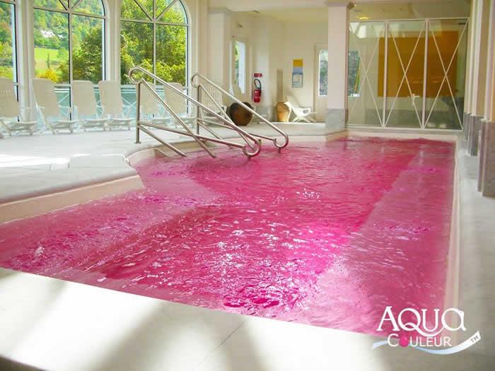 Como colorir a gua da piscina como mudar a cor da piscina for Piscina roses