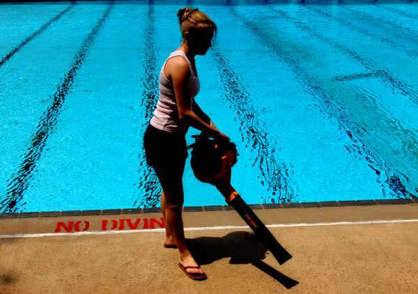 Como limpar a piscina manual passo a passo para iniciantes for Piscina portatil grande