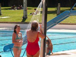 Importancia da ducha da piscina