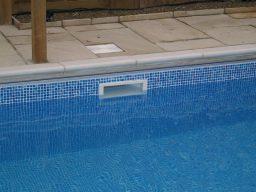 Limpar o skimmer da piscina