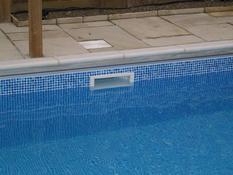 Cuidar da piscina dicas para manter a piscina sempre linda for Skimmer para piscinas