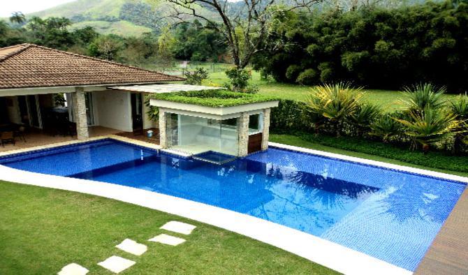 Sauna com piscina