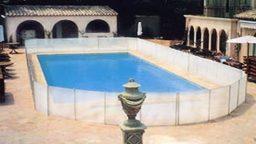 Cerca para evitar sapos na piscina