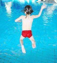 Dia das crianças na piscina
