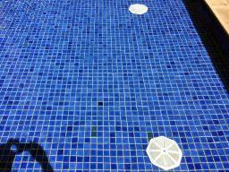 Ralos de fundo da piscina